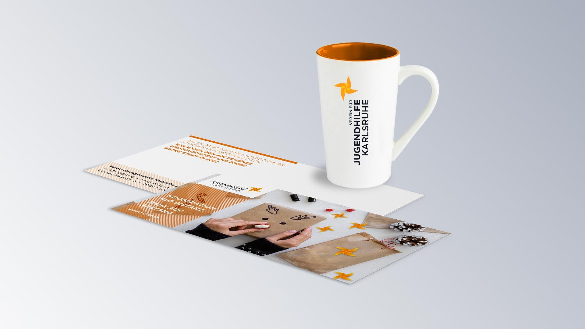 Verein für Jugendhilfe Karlsruhe, Weihnachtskarte, Tasse